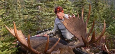 Canadian Moose Hunts